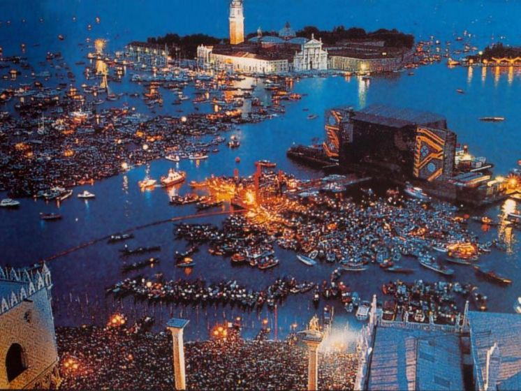 Pink Floyd, 25 years after the concert in Venice